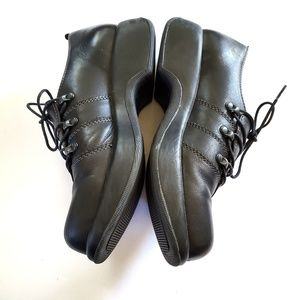 Dansko Shoes - Dansko Janika Oxford leather lace up shoes